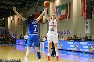 Europeo Sub-20 Fem. España barre a la anfitriona Italia y se mete en la final. Astou Ndour (26+15), decisiva