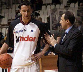 """Ginóbili da la bienvenida a Messina: """"12 años después de nuestro último partido juntos, nos volvemos"""