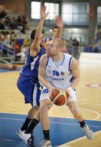 El halcón de Oro Shaun Green (Alicante) se suma al selecto club de los 30 puntos en la Adecco Oro (Vídeo)