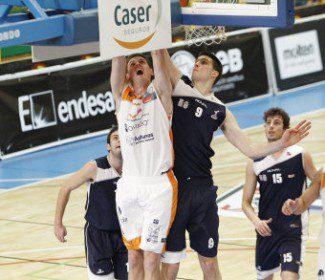 Los entrenadores de la Adecco Plata presentan al fichaje frustrado del Valladolid y nueva incorporación del Valencia Basket: el MVP Will Hanley (Vídeo)