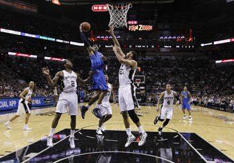 Los Grizzlies se refuerzan con un veterano ilustre: Vince Carter firma tres años