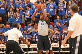 El Baskonia ficha al ala-pívot NBA Ryan Gomes, capaz de vacilar así a Griffin y DeAndre Jordan (Vídeo)