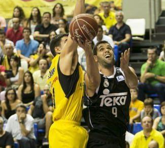 El Madrid luce plantilla, el Valencia progresa y el Baskonia y el Manresa se estrenan