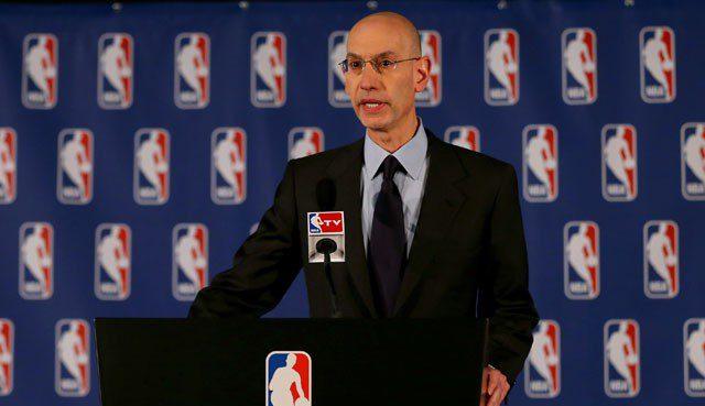 La NBA se reúne con FIBA y Euroliga por el calendario. Estudia jugar en París
