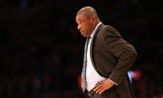 """Doc Rivers, tras encajar 121 puntos: """"No se puede ser más blando. En playoffs sería catastrófico»"""