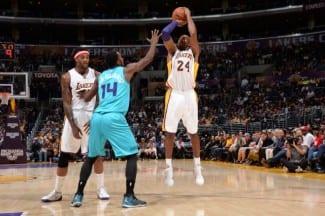 Domingo de estrenos: primer triunfo de los Lakers; primera derrota de los Warriors