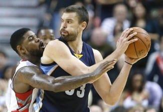 Duelo de líderes en Toronto. Los Raptors ganan a los Grizzlies sin cinco jugadores ¡deshidratados!