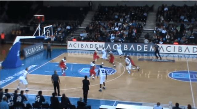 Josh Carter, alero del Turk Telekom, acribilla al Tofas: 11/14 en triples y 40 puntos (Vídeo)