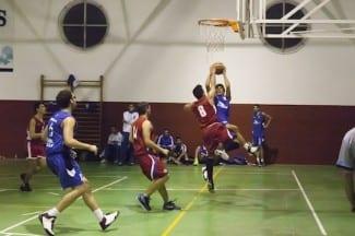 El infantil y junior masculino del Melilla Baloncesto vencen en sus partidos aplazados.