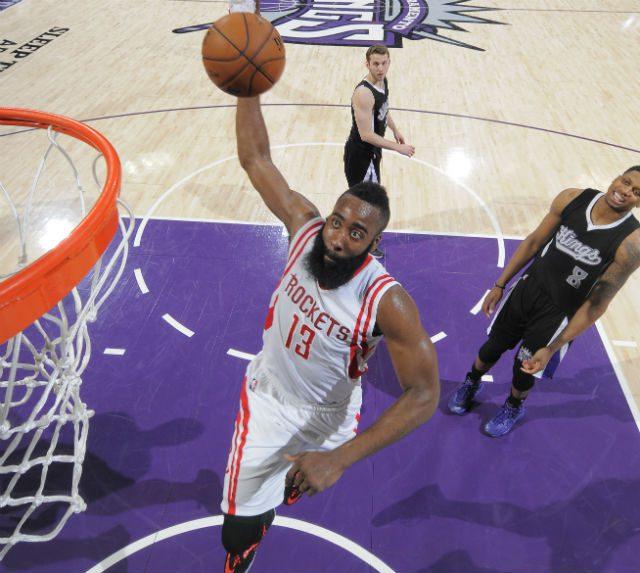 Harden mete 44 a los Kings y supera a Kobe en la lista de anotadores. Aquí, sus canastas