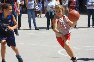 ¡Gigantes del Basket en Menesiano!