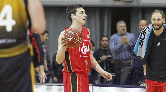 El base Sergi García, la perla del CAI explota en la Liga EBA con 37 de valoración