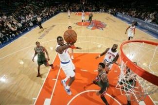 """El Madison grita: """"¡Echad a Fisher!"""". Los Knicks llevan ¡una victoria! en los últimos 22 partidos (Vídeo)"""