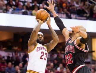 """LeBron James somete a los Bulls. Thibodeau: «Nuestro juego es inaceptable"""" (Vídeo)"""