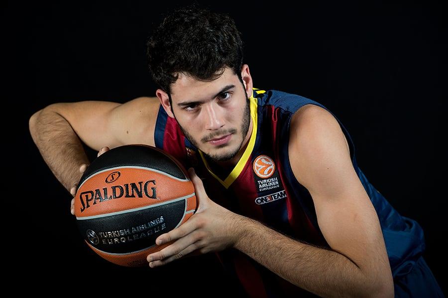 El Barcelona estaría negociando con Álex Abrines para que volviese a jugar [RAC1]