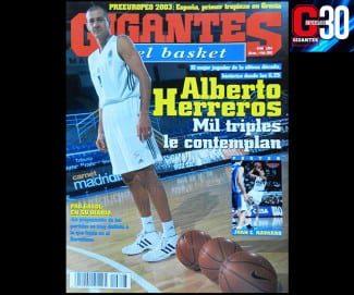 Alberto Herreros. Mil triples le contemplan