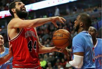 Mirotic, con 29 puntos, hace de Pau Gasol, pero los Bulls caen ante los Clippers