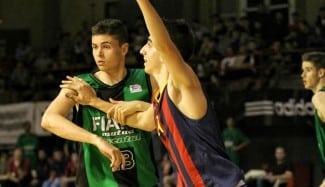 Álex Mazaira, un junior que brilla en el Barça B. Así mete 5/9 en triples en la Adecco Plata