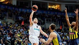 El NBA Mekel, del Novgorod, se enfrenta al Baskonia, equipo que le pretendió en 2013