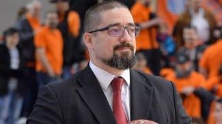 Hugo López, adiós a Fuenlabrada tras 12 partidos. Jesús Sala toma el relevo