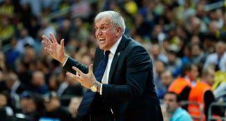 Obradovic raja tras perder ante el Efes. Tiene para todos: jugadores, fans, árbitros…