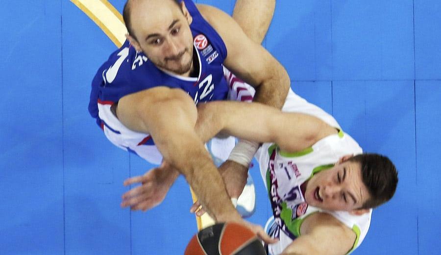 Olympiacos y Efes o Baskonia, rivales de Madrid y Barça en los cuartos de la Euroliga