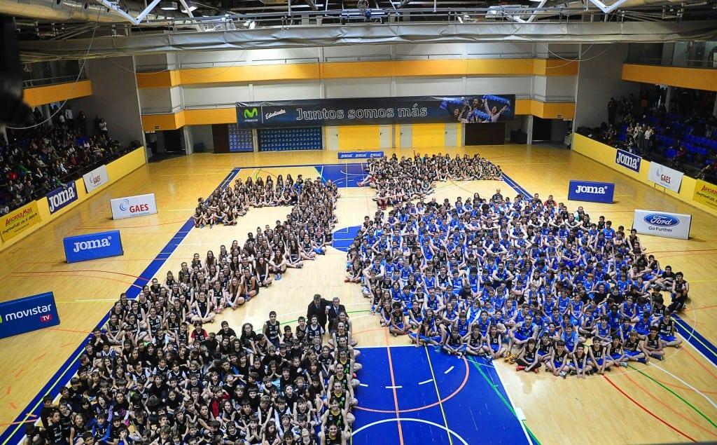 Espectacular mosaico de Movistar Estudiantes en su #Fotodecantera 2015