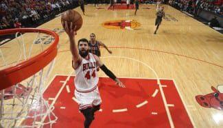 Mirotic, un año después de su marcha a Chicago: «Esperé al momento correcto para unirme a los Bulls»