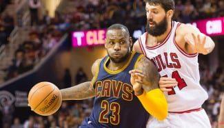 LeBron se carga a los Bulls con su primer triple-doble del curso. Aquí, su exhibición
