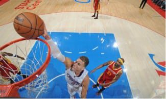 Los Clippers barren a los Rockets con un parcial de 35-7 (3-1). Howard, eliminado