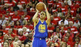 La esquina favorita de Curry para tirar. ¡Alucina con el acierto desde la izquierda!