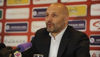 Djordjevic: «No me escondo, mi objetivo es llevar a Serbia a la final». Explica la baja de Lucic
