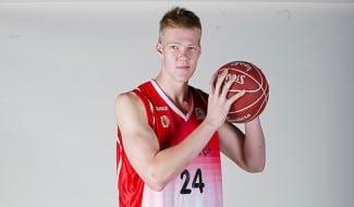 El basket europeo, en shock. El joven ex Manresa de 20 años, Rasmus Larsen, encontrado muerto en su casa