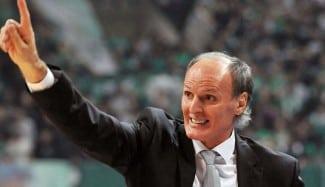 Continúa la locura: Dusko Ivanovic, ¡destituido! como entrenador del PAO