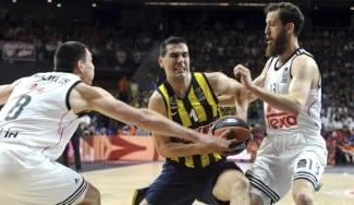 El Olympiacos tantea a Nikos Zisis como alternativa a Kostas Sloukas