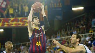 Tomic despeja sus dudas y renueva con el Barça tres años más