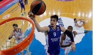 Los 76ers quieren a Saric para la próxima temporada. ¿Le dejará salir el Efes?