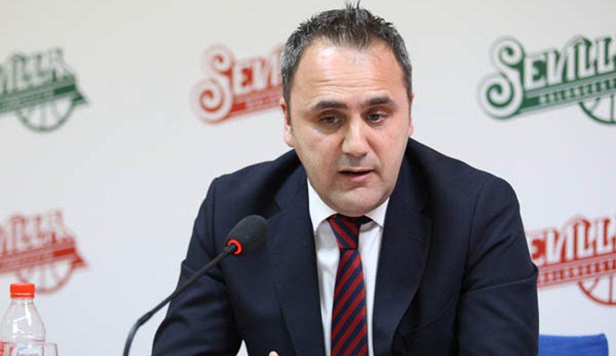 El futuro del Sevilla, en el aire. Fernando Moral: «Este club sigue teniendo solución»