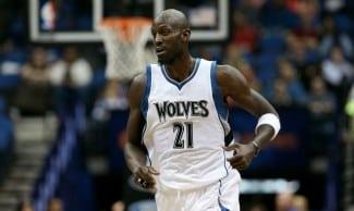Garnett renueva con los Wolves. Igualará a Willis y Parish, con 21 temporadas disputadas