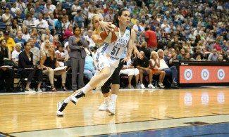 La 2ª máxima anotación de Anna Cruz en la WNBA con 16 puntos, aquí (Vídeo)