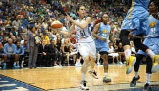 Sobresaliente Anna Cruz: titular, 33 minutos y 16 puntos a Sky. Sus Lynx comandan la WNBA