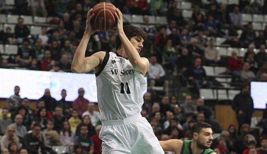 El Unicaja quiere a Marko Todorovic si no cierra a Mavrokefalidis