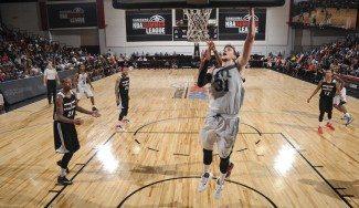 Muscala y Tavares, la conexión ACB de los Hawks. Mira cómo dominan en la Summer League (Vídeos)