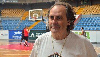 Alfred Julbe dirigirá los filiales del Barça en Plata y Junior. Jaume Comas será su ayudante