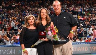 Becky Hammon, condecorada por las New York Liberty con el Ring of Honour