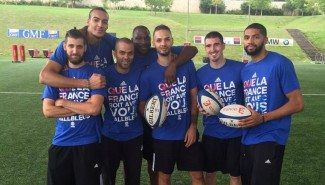 La anfitriona Francia rebaja la tensión jugando al rugby. Diot no desentona (Vídeo)