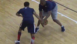 Curry, abusón hasta en la Selección. Así crea jugadas espectaculares en un entreno (Vídeo)