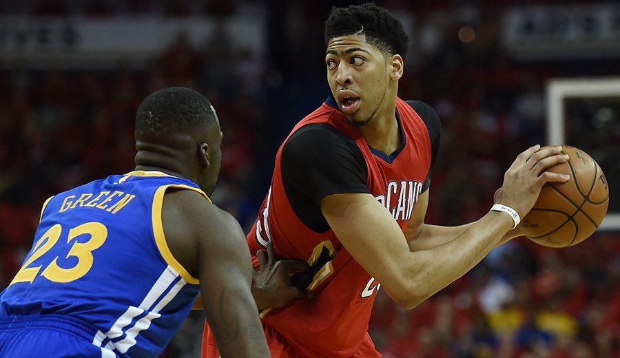 Davis, el Godzilla de la NBA. Así ha sido su evolución muscular. ¡Qué portento!