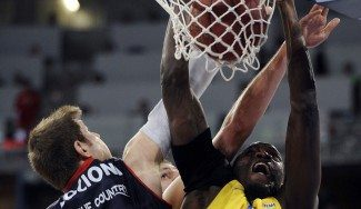 Pívot de Euroliga: El Bilbao negocia el fichaje de Shawn James (Milán)