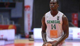 Dieng, compañero de Ricky, domina en el Afrobasket: 26+15 a Marruecos con Senegal (Vídeo)